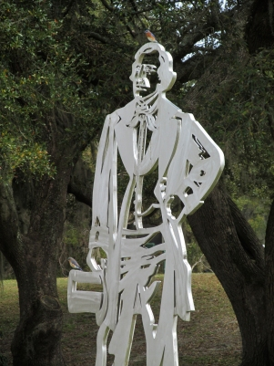 Sculpture-Extra
